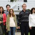 The Oranges  avec Hugh Laurie, Leighton Meester, Allisson Janney, Oliver Platt, Catherine Keener, Adam Brody et Alia Shawkat.