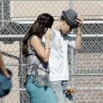 Justin Bieber rend visite à sa girlfriend Selena Gomez sur le tournage du film  Feed the dog , à Los Angeles, le vendredi 3 août 2012.