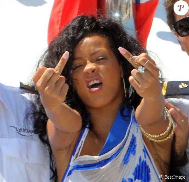 Rihanna, déchaînée lors de son passage à Antibes, le 29 juillet 2012.