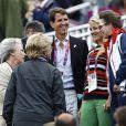 La princesse Benedikte de Danemark (ensemble crème), ses soeurs la reine Margrethe II de Danemark et l'ancienne reine Anne-Marie de Grèce, son fils le diadoque Pavlos, sa fille la princesse Theodora avec la princesse Anne : les royaux étaient réunis à Greenwich Park le 7 août 2012 pour la princesse Nathalie, en compétition avec Digby dans le concours de dressage individuel et par équipes des Jeux olympiques.