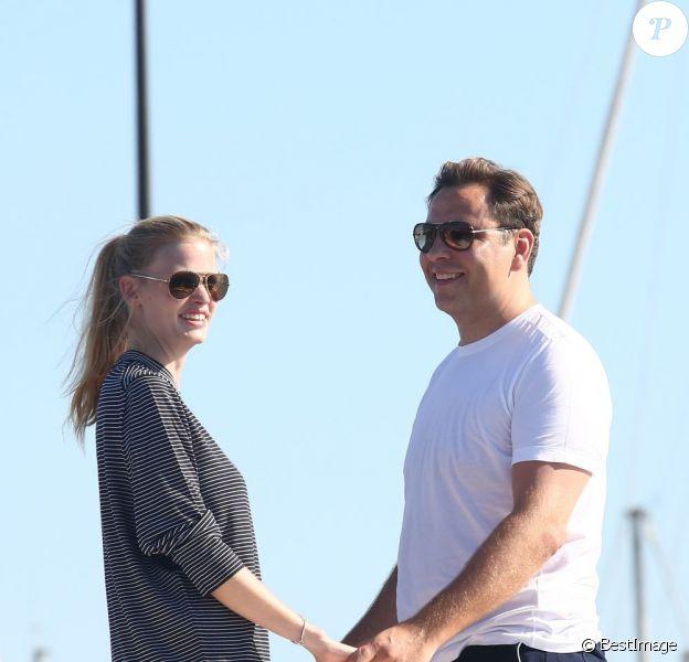 Lara Stone et David Walliams, amoureux, prennent du bon temps sur un yacht à Saint-Tropez le 8 août 2012