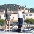 Lara Stone et David Walliams profite d'une belle journée à Saint-Tropez le 8 août 2012