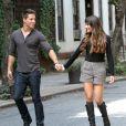 Lea Michele et son partenaire Dean Geyer sur le tournage de la série Glee, le 11 août 2012 à New York. Y a de l'amour dans l'air !