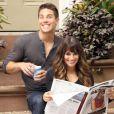 Lea Michele et son partenaire Dean Geyer sur le tournage de la série Glee, le 11 août 2012 à New York