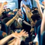 Kanye West : Ses danseuses sexy sont intenables dans l'avion