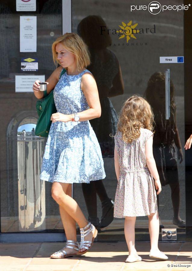 Geri Halliwell et sa fille Bluebell Madonna en visite dans la ville de Grasse, le 20 août 2012.