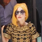 Lady Gaga quitte son ''roux'' pour un brun ''Louis Vuitton''...