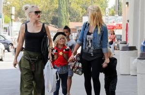 Gwen Stefani : Maman heureuse entre son petit Batman et son cow-boy