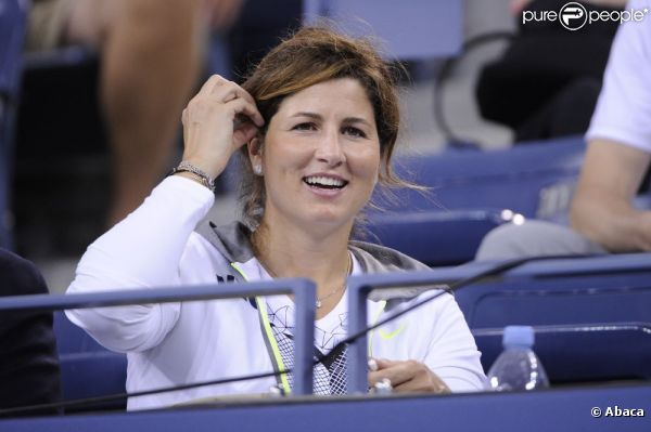 Fotos de Mirka - Página 18 923731-roger-federer-s-wife-mirka-during-0x414-2