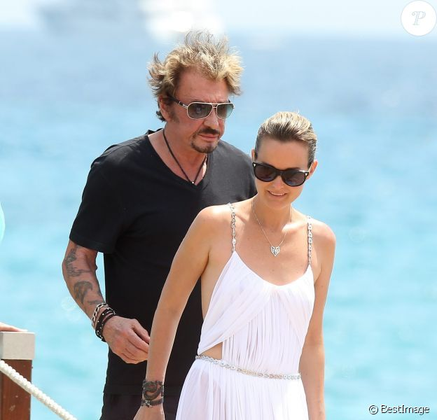 Johnny Hallyday et Laeticia à Saint-Tropez le 20 juillet 2012.