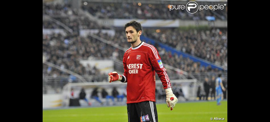 hugo lloris paris en avril 2012 purepeople. Black Bedroom Furniture Sets. Home Design Ideas