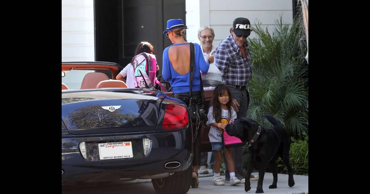 Trs Apais Johnny Hallyday Rentre La Maison Le 7 Septembre Avec Sa Femme Laeticia Et Leurs