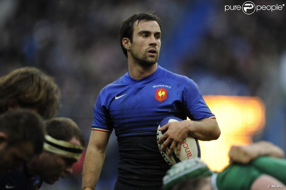 Morgan Parra Calendrier.Morgan Parra Le 4 Mars 2012 A Saint Denis Purepeople