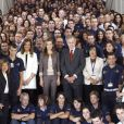 Letizia d'Espagne visite l'exposition du 25e anniversaire des écoles de formation et des ateliers pour l'emploi proposés par le Conseil d'administration du Patrimoine national, à Madrid, le 11 septembre 2012