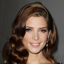 La superbe Ashley Greene assiste au défilé Donna Karan New York printemps-été 2013. New York, le 10 septembre 2012.