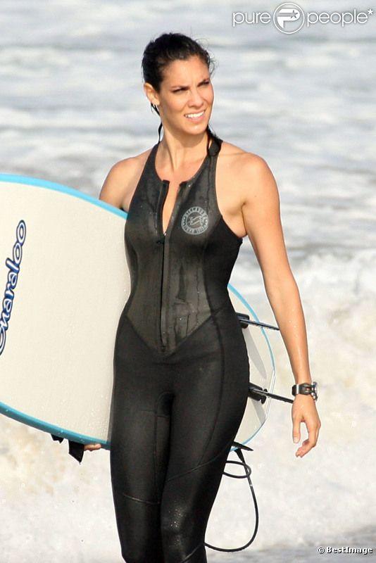 La jolie Daniela Ruah en train de tourner la nouvelle saison de NCIS : Los Angeles, le 17 septembre 2012