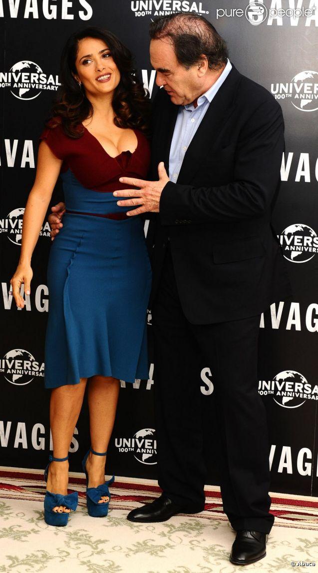 Salma Hayek et Oliver Stone lors de la présentation du film Savages à Londres le 19 septembre 2012