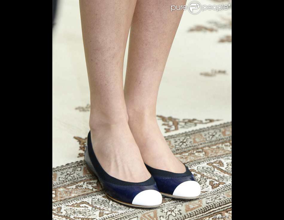 Les chaussures Chanel de Carla Bruni - Purepeople 5acb800b173