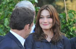 PHOTOS : Les plus beaux regards de Carla Bruni, une femme amoureuse...