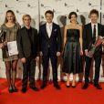 Le prince Frederik et la princesse Mary de Danemark, qui posent ici avec les lauréats, remettaient le 6 octobre 2012 les Prix du couple royal, à Sonderborg.
