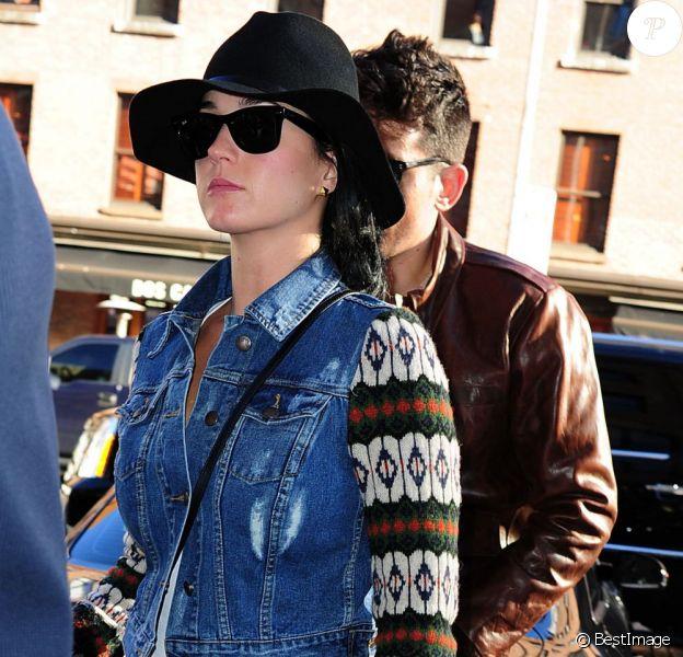 Katy Perry et John Mayer vont déjeuner au restaurant ABC Kitchen, le jour des 35 ans de John, à New York, le 16 octobre 2012.