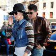 Katy Perry et le chnateur John Mayer vont déjeuner au restaurant ABC Kitchen, le jour des 35 ans de John, à New York, le 16 octobre 2012.