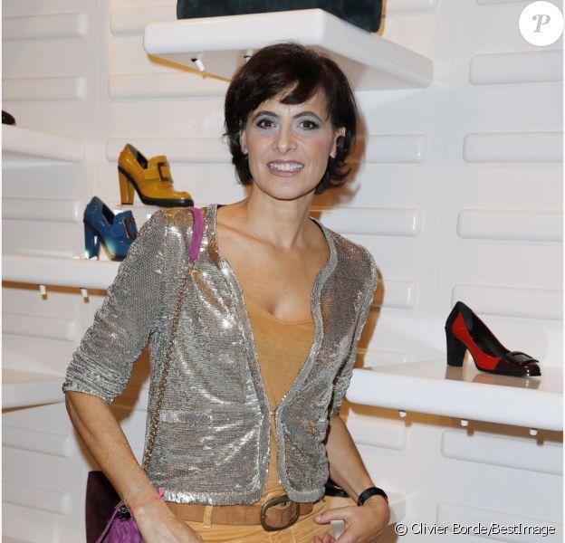 Inès de la Fressange à la présentation de la collection Prismick de Roger Vivier, à Paris le 18 octobre 2012.