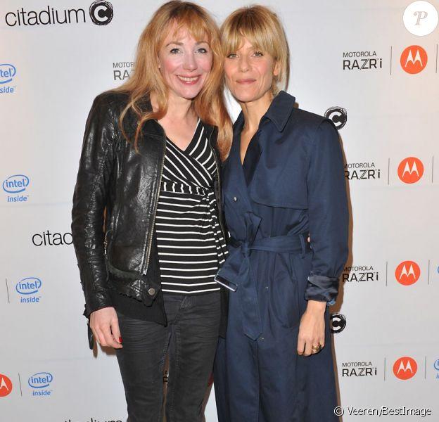Julie Depardieu et Marina Foïs ensemble à la soirée Motorola à Paris le 23 octobre 2012.