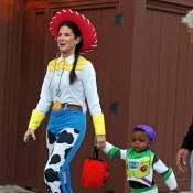 Sandra Bullock : En Buzz L'Eclair, son petit Louis est craquant pour Halloween