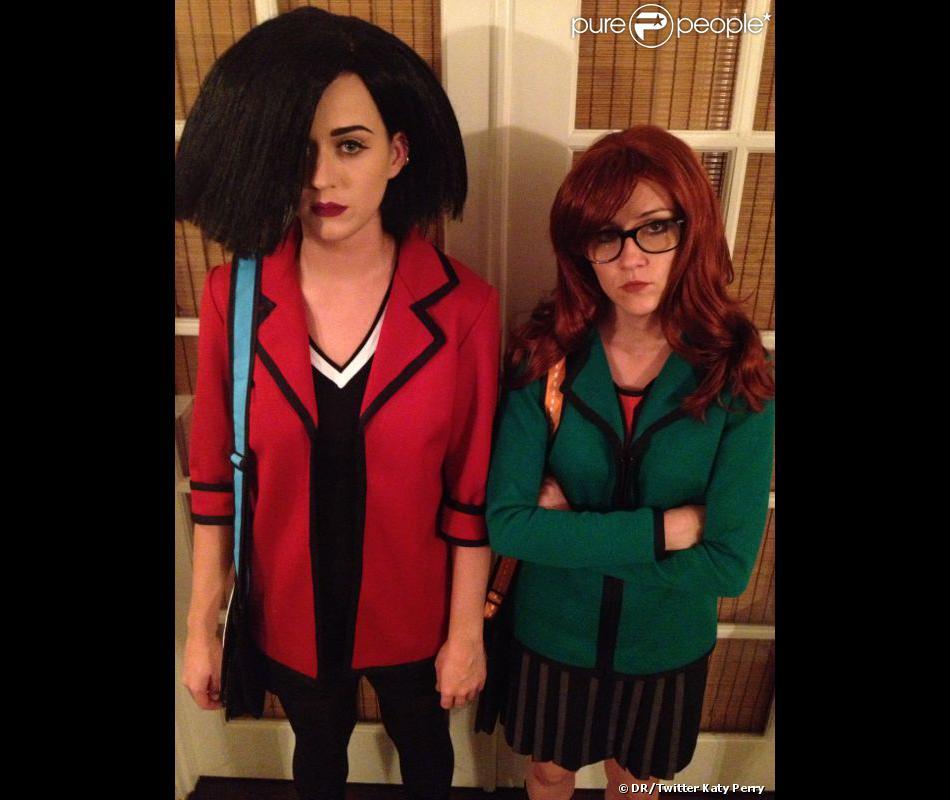 Katy Perry et Shannon Woodward en Jane Lane et Daria pour la fête d'Halloween Hollywood Forever du groupe Maroon 5 à Los Angeles, le 31 octobre 2012 - Photo Twitter