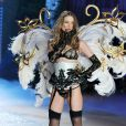 Behati Prinsloo au défilé Victoria's Secret le 7 novembre 2012