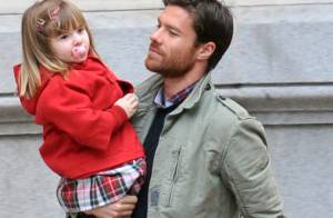 Xabi Alonso : La star du Real Madrid, papa câlin avec ses adorables enfants