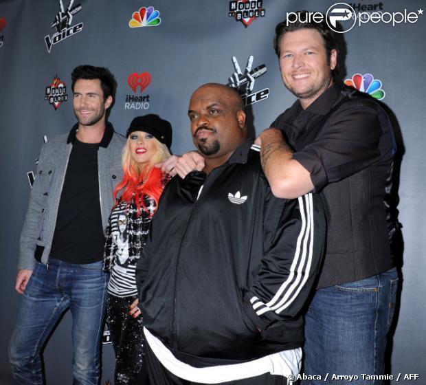 Adam Levine, Christina Aguilera, CeeLo Green et Blake Shelton sur le tapis rouge de 'The Voice' saison 3 à Los Angeles, le 8 novembre 2012.