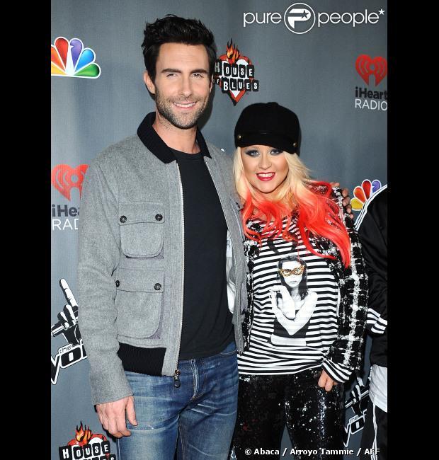 Christina Aguilera et Adam Levine sur le tapis rouge de 'The Voice' saison 3 à Los Angeles, le 8 novembre 2012.