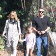 Heidi Klum avec son compagnon Martin Kirsten et ses enfants Johan, Lou, Leni et Henry au parc à Los Angeles le 3 novembre 2012.