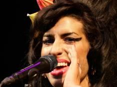 PHOTOS : Amy Winehouse, complètement déchaînée à Glastonbury !