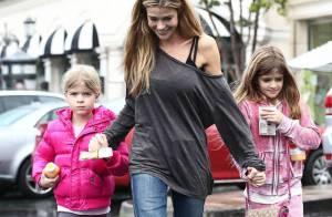 Denise Richards : Après-midi détente avec ses filles Sam et Lola