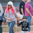 Christina Aguilera et son fils Max à West Hollywood le 14 octobre 2012.