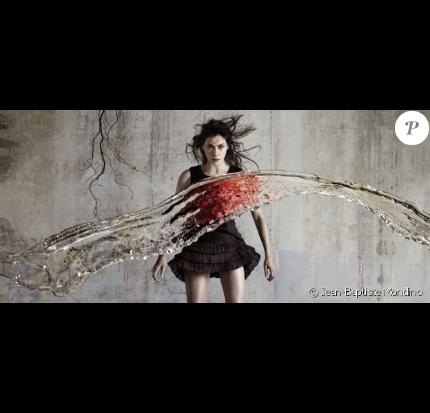 Olivia Ruiz par Jean-Baptiste Mondino pour Le Calme et la tempête. Le 3 décembre 2012 dans les bacs.