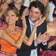 Eva Mendes, son mari et Clotilde Courau au défilé Dior