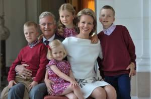 Philippe et Mathilde de Belgique : Poses de fêtes complices avec leurs enfants