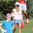 Jessica Alba passe le début de l'année 2013 avec sa petite famille à Cabo San Lucas au Mexique. Photo prise le 3 janvier 2013. La star est en tenue de plage.