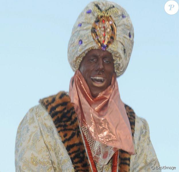 Une superstar du foot s'est déguisée en Balthazar lors de la Cabalgata de los tres reyes, la traditionnelle parade des rois mages en Espagne, le 5 janvier 2013 à Marbella...