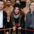 Victoria Abril donne le coup d'envoi des soldes au BHV Homme de Paris, le 9 janvier 2013.