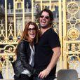 Poppy Montgomery et son compagnon Shawn Sanford, en plein éclats de rire, découvrent Paris, du château de Versailles en passant par le Marais, le 23 septembre 2012