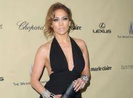 Golden Globes : Jennifer Lopez, femme fatale, très décolletée pour Casper Smart