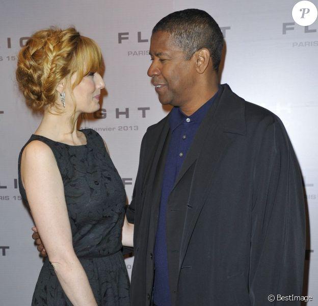 Denzel Washington et Kelly Reilly complices lors de l'avant-première du film Flight au Gaumont Marignan à Paris, le 15 janvier 2013.