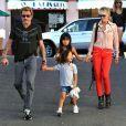 Johnny et Laeticia Hallyday avec leurs filles Jade et Joy à Pacific Palisades, le 27 Septembre 2012.
