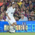 Karim Benzema lors de la Supercoupe d'Espagne opposant le Real Madrid à son rival du FC Barcelone, le 17 août 2011.