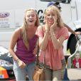 Kim Dickens et Malika Monroe dans At Any Price